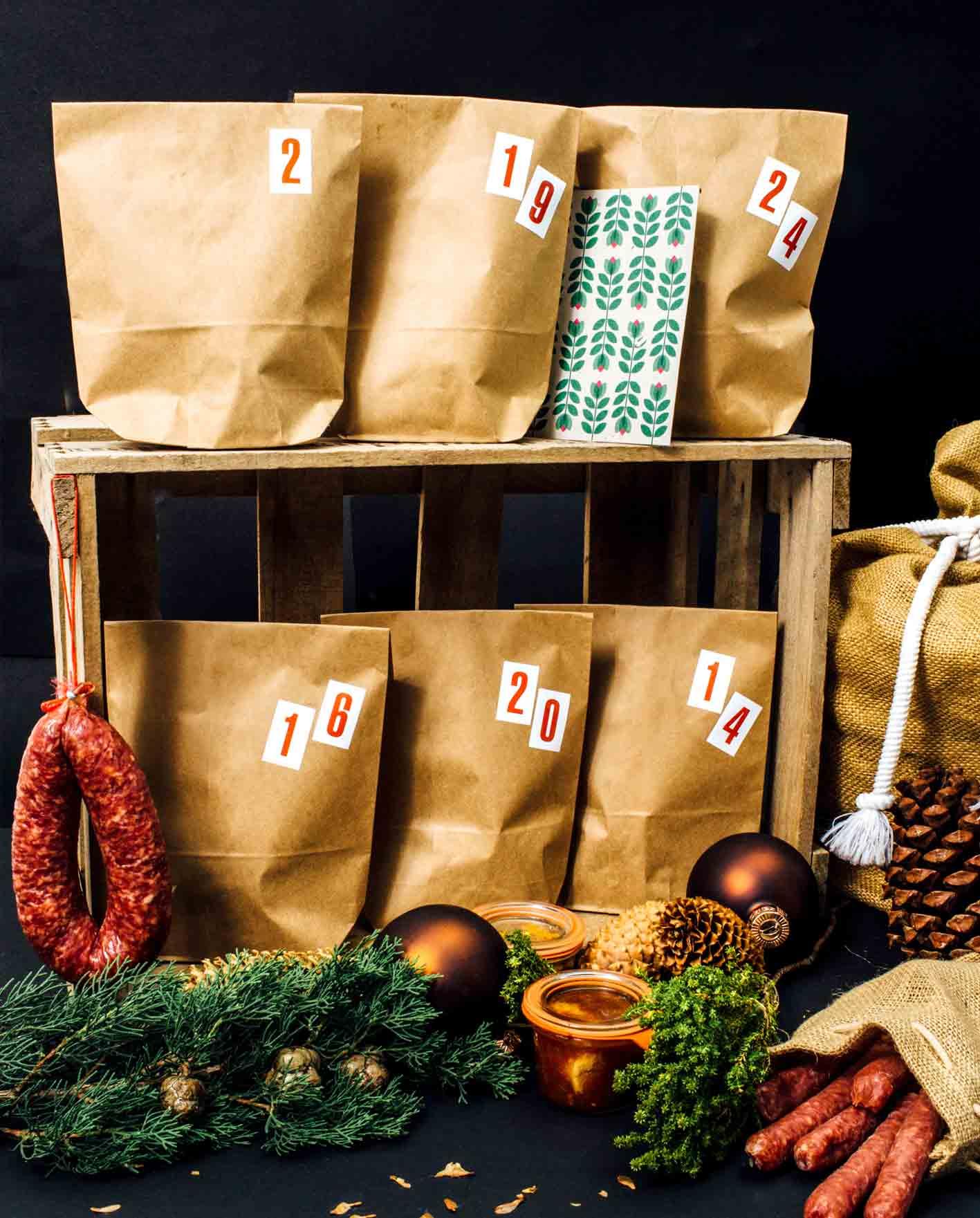 Wurst-Adventskalender gefüllt mit 24 Beuteln Wurst Schinken und anderen herzhaften Leckereien