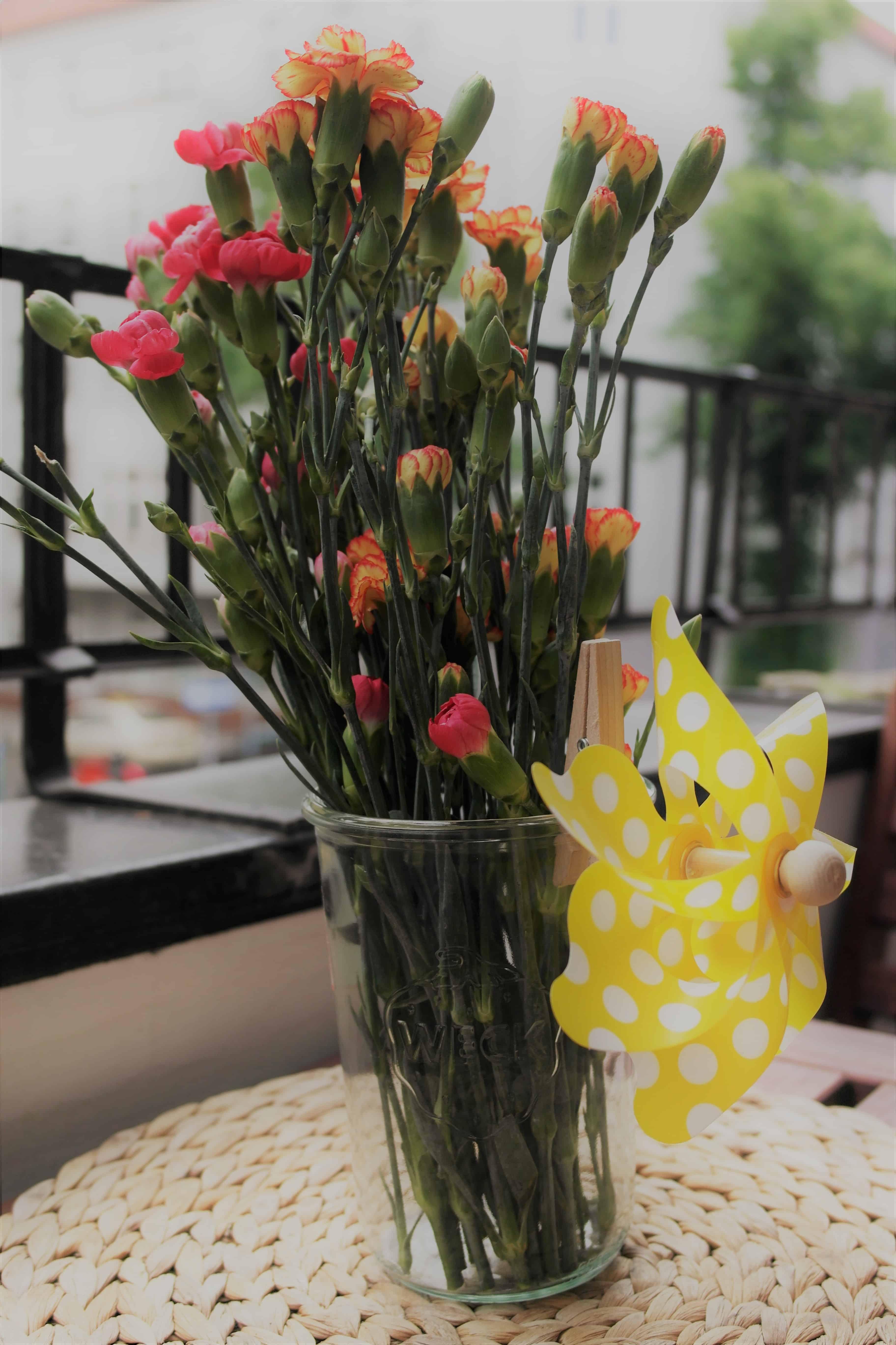 Das Weckglas als Vase für Blumen und Pflanzen nutzen