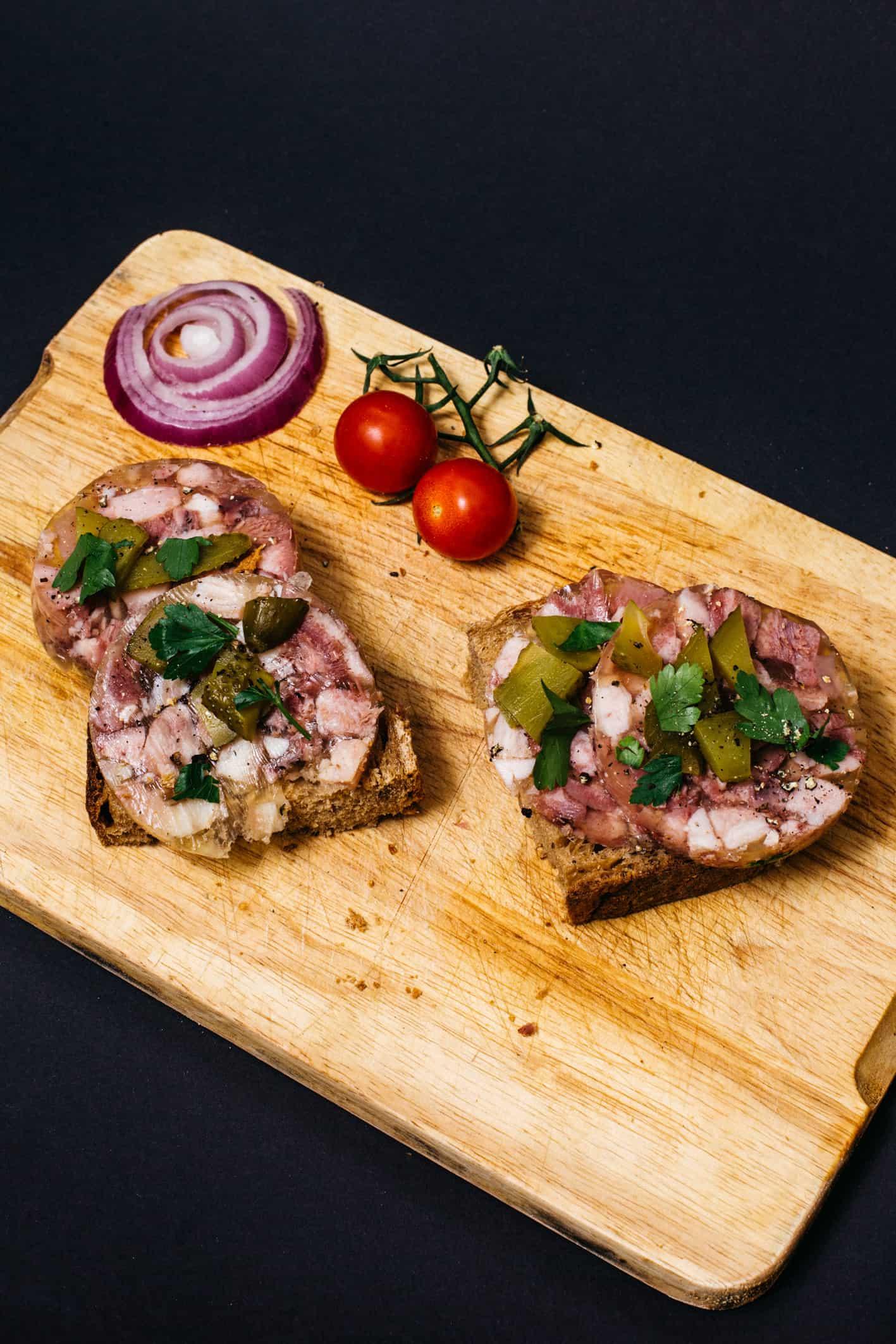 Geschmierte Brot mit Schwartenmagen